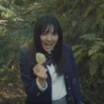 湖池屋(コイケヤ)cmの歌手・鈴木瑛美子って誰?【動画】不快との声が!